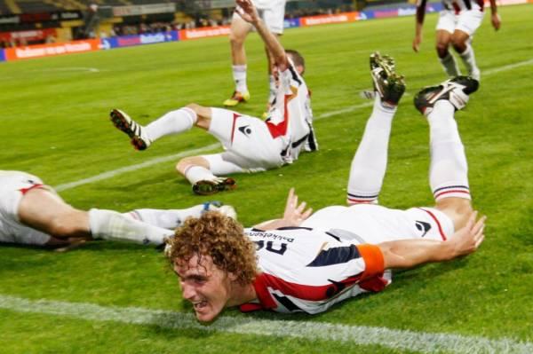 http://football-over.ucoz.ru/_bl/0/s14990222.jpg